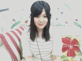 ゆーな☆*ちゃんの無料ライブチャット動画を見る