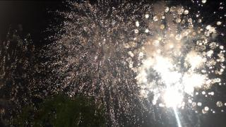 今年最初で最後の花火大会画像