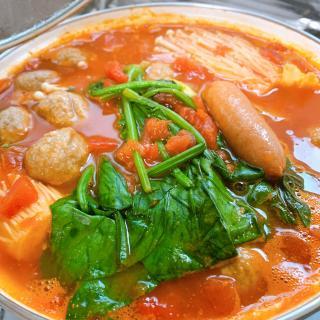 トマトチーズ鍋作りました(*´ー`*)画像