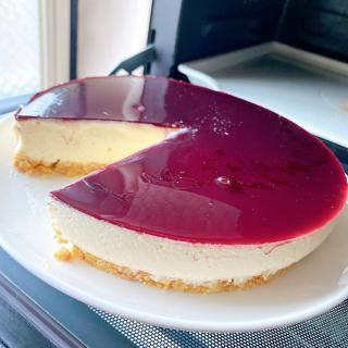 レアチーズケーキとワインの融合♪画像