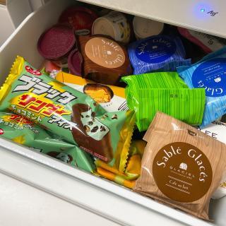 アイスでぱんぱんの冷凍庫!🍨画像