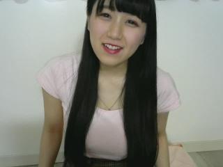 桜井ゆのちゃんの無料ライブチャット動画を見る