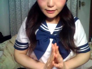 めるちゃんの無料ライブチャット動画を見る